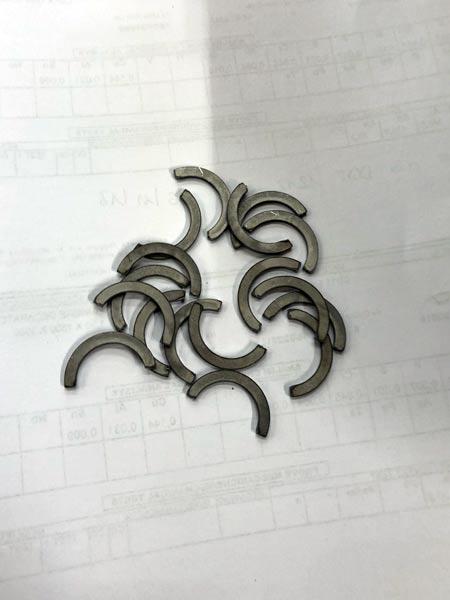 Minuterie-metalliche-per-arredamento-da-ufficio-reggio-emilia