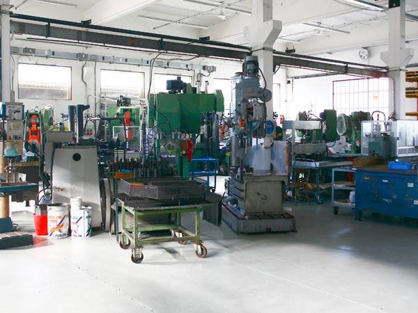 Officina-meccanica-vibrofinitura